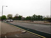 TQ4077 : New fences on Charlton Road bridge by Stephen Craven