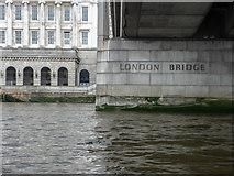 TQ3280 : London Bridge, London, EC4 by Christine Matthews