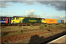 SU5290 : Trains on the Didcot Station avoiding line by Roger Templeman