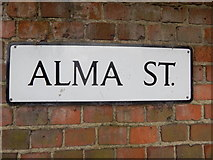 TM0321 : Alma Street sign by Hamish Griffin