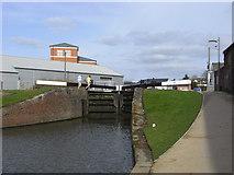 SO8453 : Worcester & Birmingham Canal - lock No. 2 by Chris Allen