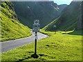 SK1382 : Winnatts Pass by David Dixon