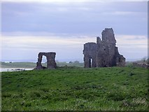 NO5101 : Remains of Newark Castle by Stanley Howe