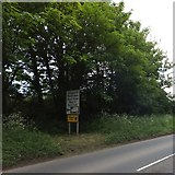 SS6500 : Road signs south of Newland Cross by David Smith