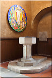 TQ4375 : St Luke, Westmount Road - Font by John Salmon