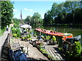 TQ7458 : Narrow boat and garden near Allington Lock by Marathon