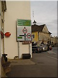 ST8993 : Traffic direction sign in the Market Place Tetbury by Paul Best