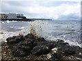 C8138 : Breaking waves, Portstewart by Kenneth  Allen