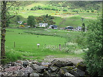 NN3528 : Kirkton Farm, Glen Fillan by Peter S