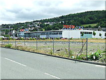 NS3174 : Tesco Extra, Port Glasgow by Thomas Nugent