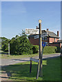 SK7965 : Fingerpost, Great North Road/Hemplands Lane, Sutton-on-Trent by Alan Murray-Rust
