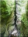 SN7477 : Cleft in the rocks below Devil's Bridge by Rob Farrow