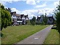TQ1981 : Oxford Court, Queen's Drive by Marathon