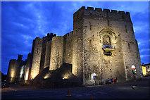 SH4762 : Caernarfon Castle by Richard Croft