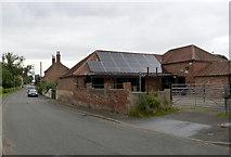 SK7476 : Farm buildings, Lilac Cottage Farm by Alan Murray-Rust