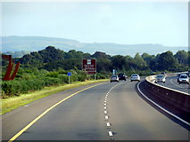 R6863 : The M7 / E20 enters County Tipperary by Ian S