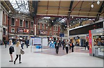 TQ2879 : Victoria Station concourse by Sandy B