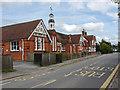 SU9171 : The Cranbourne primary school by Alan Hunt