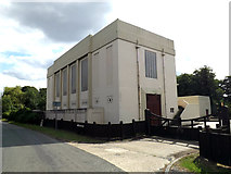 TM0434 : Water Pumping Station by Adrian Cable