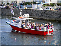 J5082 : The 'Bangor Boat' by Rossographer