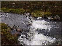 NN9193 : Waterfall over sill on River Eidart, Glenfeshie by ian shiell