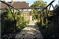 SU6787 : Garden path at Nuffield Place by Steve Daniels