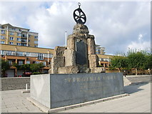TQ3880 : Virginia Quay Monument by Chris Whippet