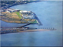 NT2677 : The entrance to the Port of Leith by M J Richardson