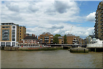 TQ3680 : The Narrow pub and Limehouse Basin entrance by Robin Webster