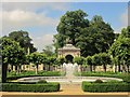 SU0931 : Fountain and arch, Wilton House by Derek Harper