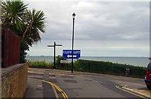SZ5881 : Looking towards Eastcliff Promenade, Shanklin, Isle of Wight by P L Chadwick
