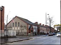 J3574 : East End Baptist Church, Templemore Avenue by Eric Jones