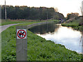 SK6682 : Chesterfield Canal at Barnby Wharf by Alan Murray-Rust