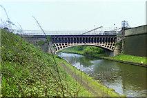 SP0288 : Engine Arm aqueduct, 1987 by Robin Webster