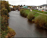 SO5012 : Monnow between bridges, Monmouth by Jaggery