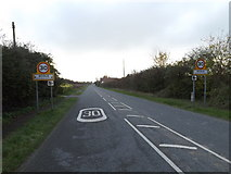 TM1579 : Entering Scole on Norwich Road by Adrian Cable