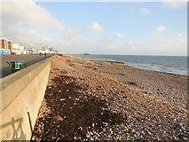 TQ2804 : Beach by Kings Espnanade, Hove by Paul Gillett