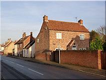 SK6889 : Chapel House, Main Street by Alan Murray-Rust