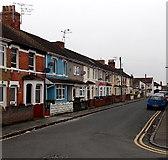 SU1585 : Florence Street towards Ferndale Road, Swindon by Jaggery