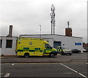 SU5290 : Emergency ambulance in Didcot by Jaggery