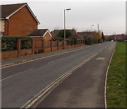 SU5290 : Cow Lane, Didcot by Jaggery