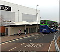 SU5290 : X1 bus in Didcot by Jaggery