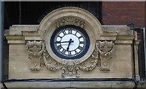 TQ2879 : Station clock, Victoria by Jim Osley