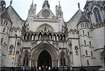 TQ3181 : Royal Courts of Justice by N Chadwick