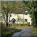 SO5842 : Cottage on Shucknall Hill by Jonathan Billinger