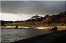 TA0390 : North Bay at Scalby Mills, Scarborough by Ian S