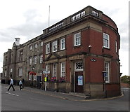 SK4003 : Edwardian former bank building in Market Bosworth by Jaggery