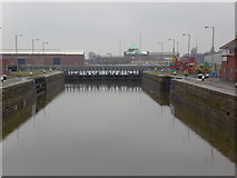 TA1228 : The lock at Alexandra Dock, Hull by Ian S