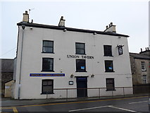 SD5193 : Union Tavern, Stricklandgate by Basher Eyre