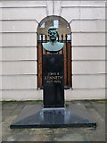 TQ2882 : John F. Kennedy Memorial bust, Marylebone by Julian Osley